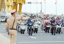 Những điều cần lưu ý về hiệu lệnh của người điều khiển giao thông